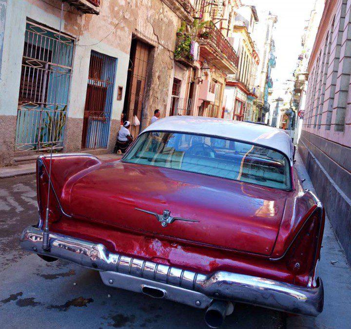 Havanna ist Musik. Bunt. Anders. Und wie aus einer anderen Zeit. Warum Kuba mich an meine Grenzen brachte. Und warum es definitiv eine Reise wert ist…