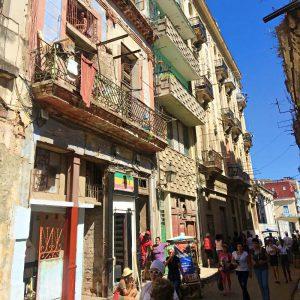 Streetlife in Havanna Vieja